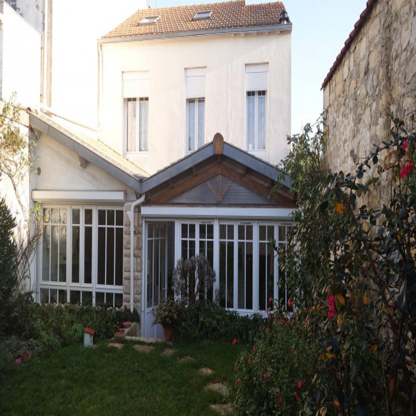 vente Maison de charme centre La Rochelle quartier Porte Royale 8 m²